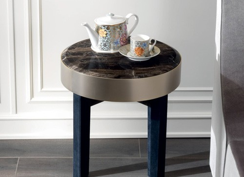 Ring bed side table